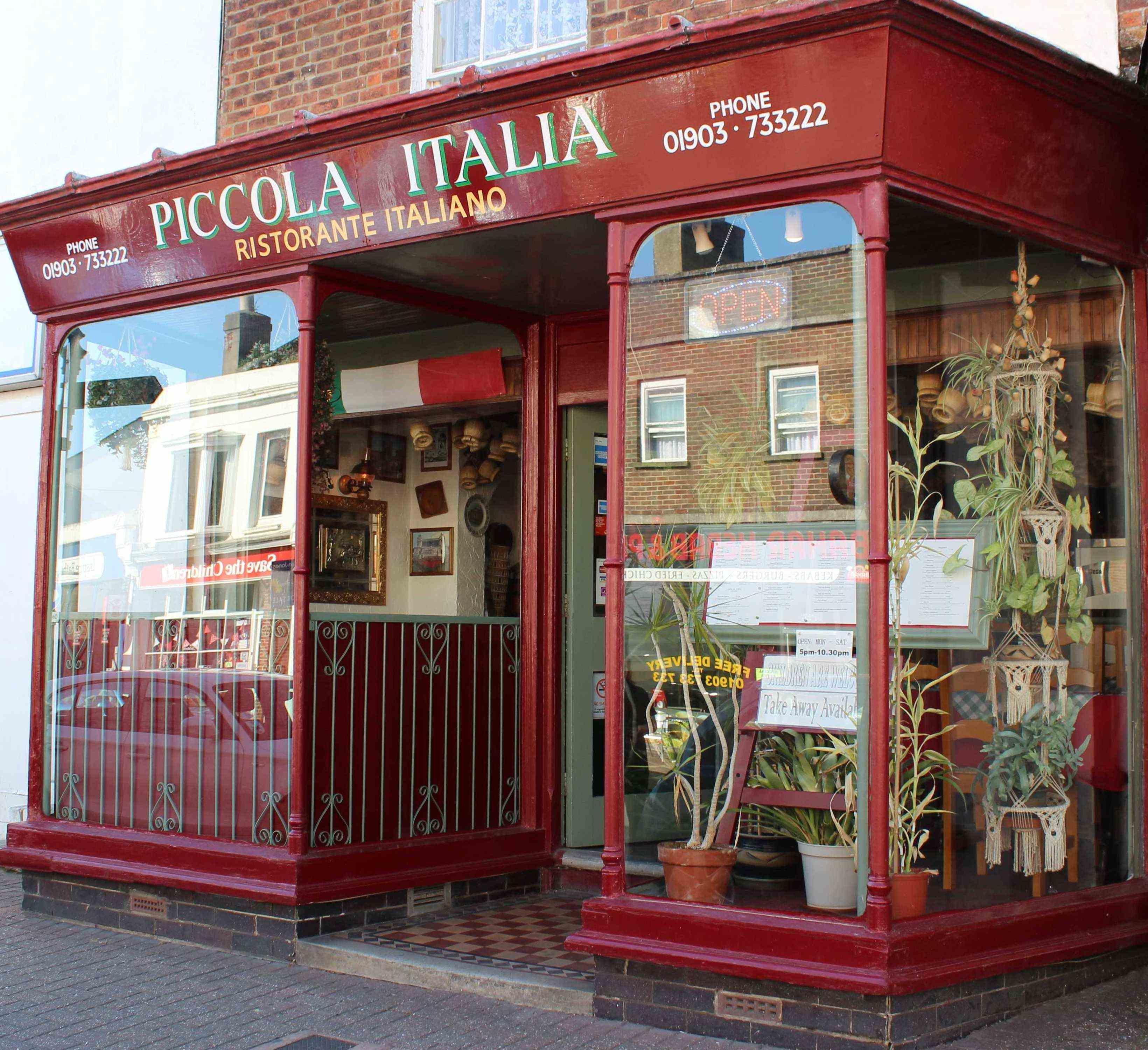 Italian Restaurant Outside - Italian restaurant in littlehampton west sussex the piccola italia restaurant a popular italian restaurant in littlehampton west sussex